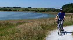 Cycling around Siblyback Lake